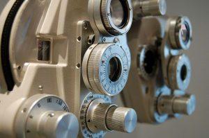 Aparato usado para revisión de la vista
