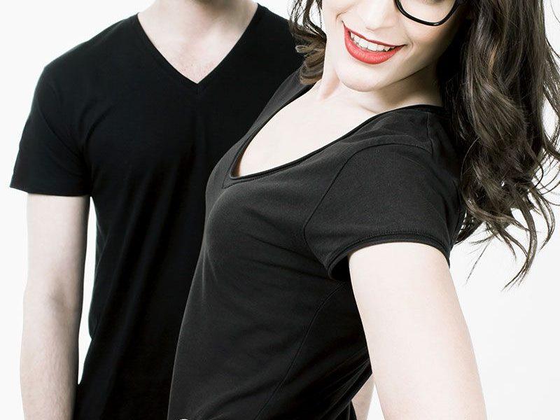 Chica y chico con gafas graduadas de A Óptica de Ana